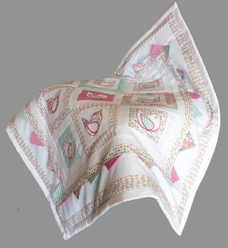 Download Baby quilt pdf pattern and tutorial - Calling the spring - Patchwork & Quilting immediately at Makerist