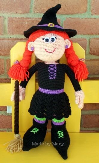 Download Winifred the Witch Amigurumi - Crochet Patterns immediately at Makerist