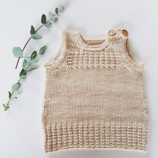 Download Little Vest or Dress - knitting pattern - Knitting Patterns immediately at Makerist