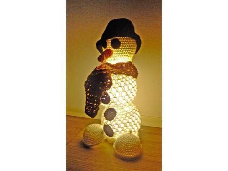 Download snowman lamp - Crochet Patterns immediately at Makerist