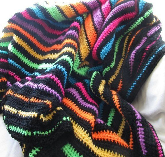 Download Neon striped blanket pattern, beginner pattern - Crochet Patterns immediately at Makerist