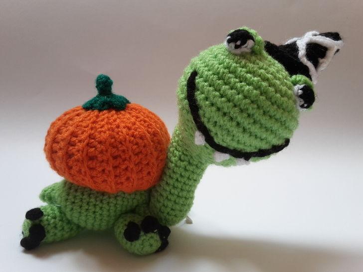 Schildkröte Lorchen im Halloween-Kostüm – Häkelanleitung - Häkelanleitungen bei Makerist sofort runterladen