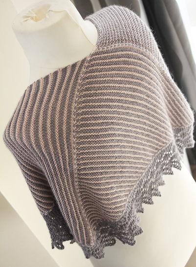 Download Setina - Shawl Knitting pattern - Knitting Patterns immediately at Makerist