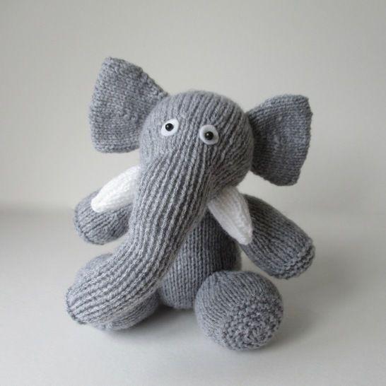 Bloomsbury Elephant (en) - Strickanleitungen bei Makerist sofort runterladen