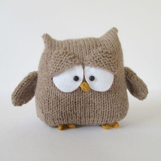 Oscar the Owl (en) - Strickanleitungen bei Makerist sofort runterladen