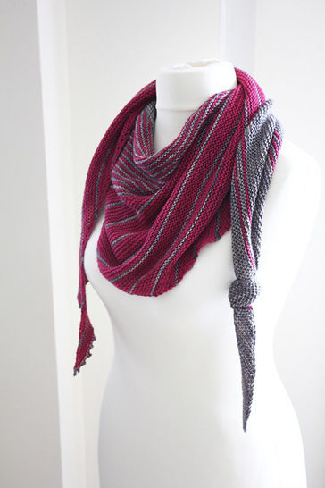 Download Different Ways - Shawl Knitting pattern - Knitting Patterns immediately at Makerist
