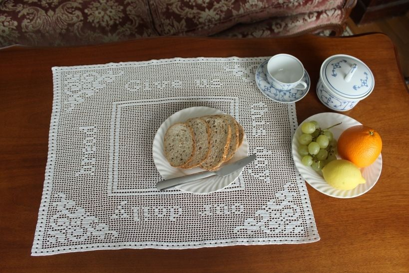 'Give us our daily bread' filet crochet doily (en) - Häkelanleitungen bei Makerist sofort runterladen