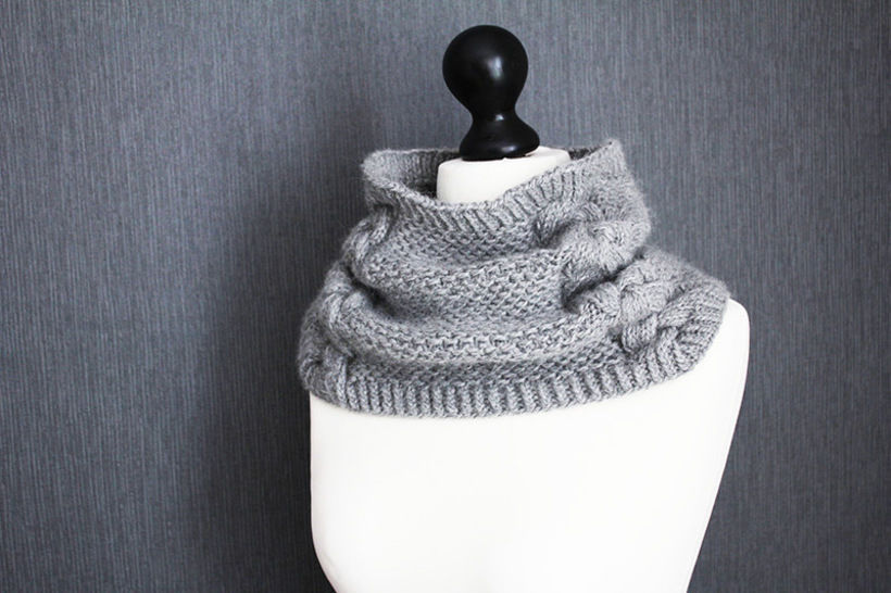 Download Back to Scowl - Woman cowl knitting pattern - Knitting Patterns immediately at Makerist