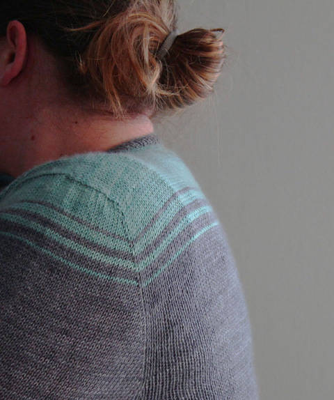 Download Oh Bello! Woman Cardigan Knitting Pattern immediately at Makerist