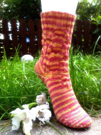 "Strickanleitung - Socken ""Wellfeeling"" - Strickanleitungen bei Makerist sofort runterladen"