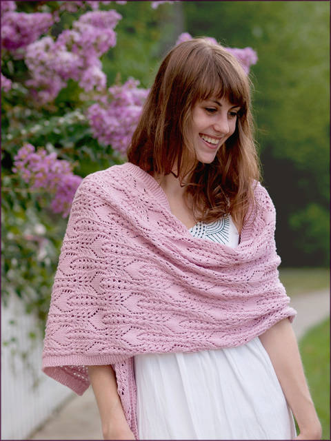 FFCT Wrap - Feather & Fan, Cables & Tulips - Knitting Pattern - Instant Download (en) bei Makerist sofort runterladen