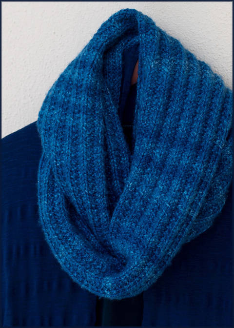 Sawston Infinity Scarf - Knitting Pattern - Instant download (en) bei Makerist sofort runterladen
