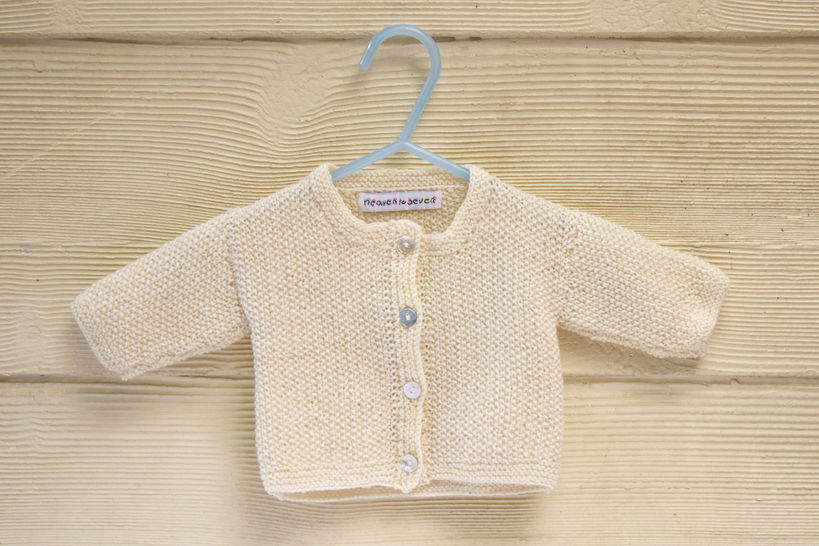 KNITTING PATTERN , Baby Cardigan with Button Closure, Essential Classic Moss Stitch In 4 Sizes (en) - Strickanleitungen bei Makerist sofort runterladen