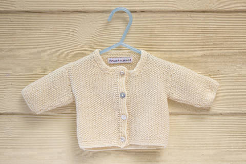 KNITTING PATTERN , Baby Cardigan with Button Closure, Essential Classic Moss Stitch In 4 Sizes (en) bei Makerist sofort runterladen