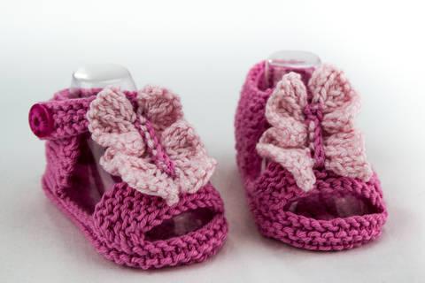 Baby Girl  Ruffle Front Sandal , Knitting Pattern (en) bei Makerist sofort runterladen