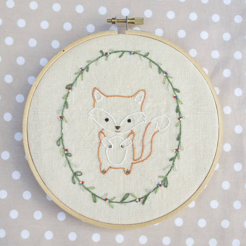 Little Fox, hand embroidery PDF pattern & instructions (en) bei Makerist sofort runterladen