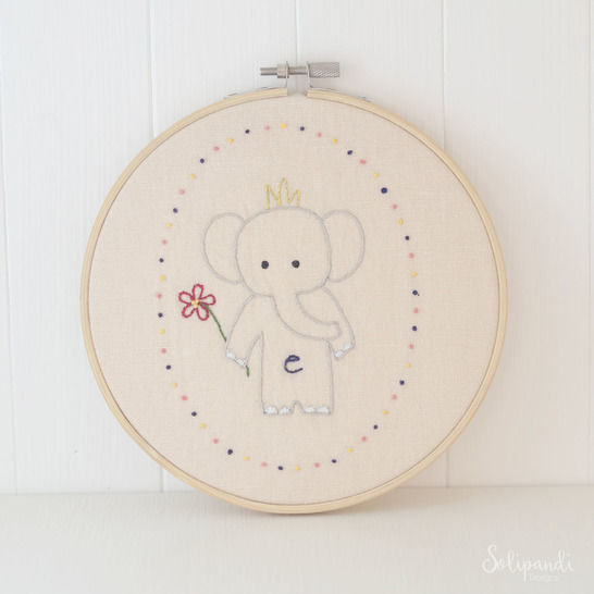 Little Elephant, hand embroidery PDF pattern & instructions (en) - Stickmuster bei Makerist sofort runterladen