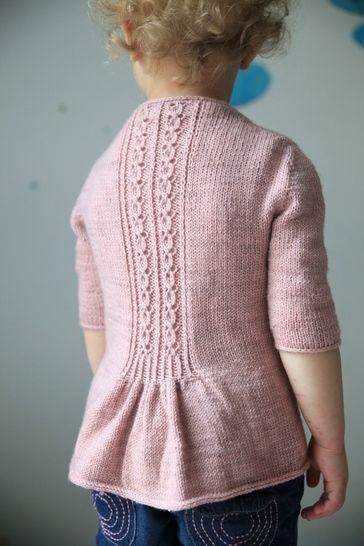 Fleur Bleue Children's Cardigan - Knitting (en) - Strickanleitungen bei Makerist sofort runterladen