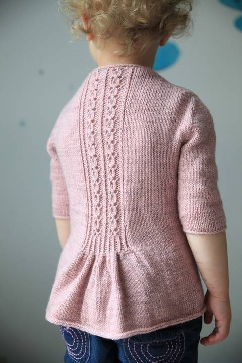 Fleur Bleue Children's Cardigan - Knitting (en) bei Makerist sofort runterladen