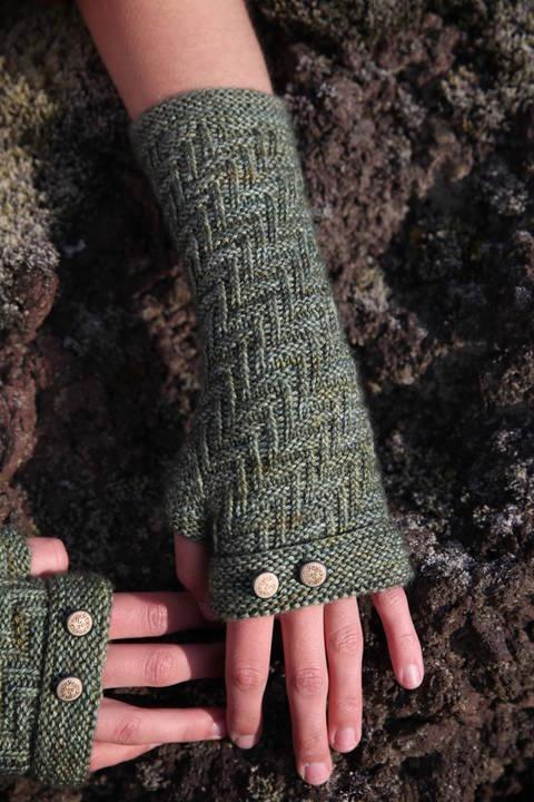 Skogar Mittens - Knitting  (en) bei Makerist sofort runterladen