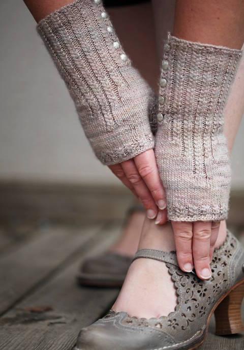 Pride and Prejudice Mittens - Knitting (en) bei Makerist sofort runterladen