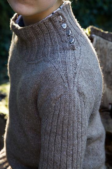 Pullman Men's Sweater - Knitting  (en) - Strickanleitungen bei Makerist sofort runterladen