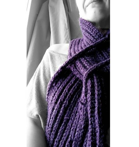 Download Ordning Scarf - Knitting pattern tutorial immediately at Makerist
