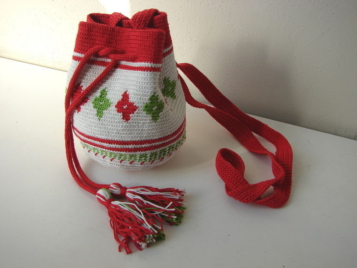 Download Mochila bag small - crochet pattern - Crochet Patterns immediately at Makerist
