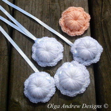 Download Flower necklace/pendant/brooch crochet pattern 068 - Crochet Patterns immediately at Makerist