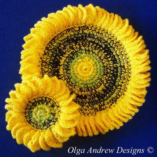 Download Sunflower doily and coasters crochet pattern 051 - Crochet Patterns immediately at Makerist