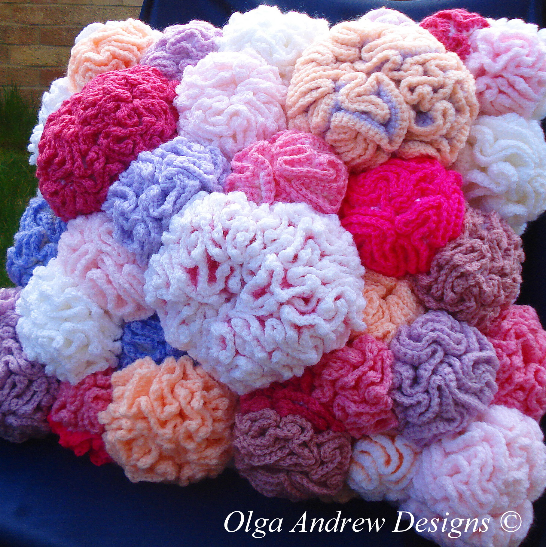 Coral Reef Cushion Knitcrochet Pattern 035