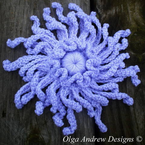 Download Chrysanthemum flower crochet pattern 073 immediately at Makerist