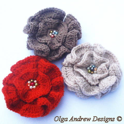Download Ruffle flower crochet pattern 004 immediately at Makerist