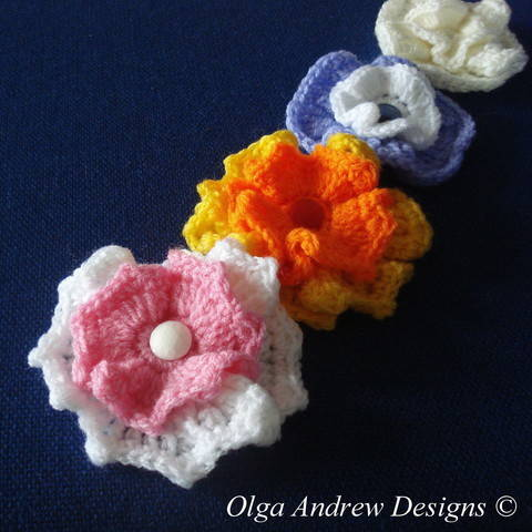 Download Wavy flower crochet pattern 019 immediately at Makerist
