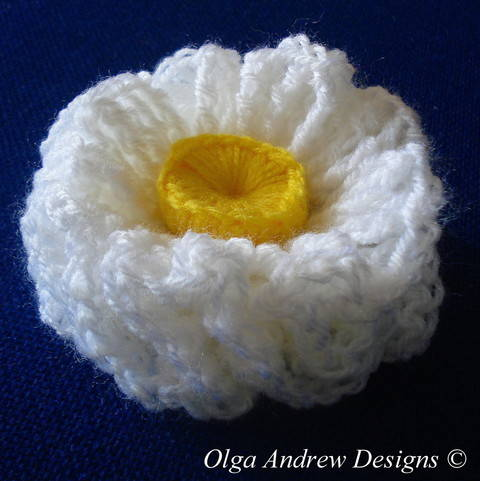 Download Air ruffle flower crochet pattern 023 immediately at Makerist