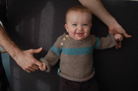 Baltic baby sweater - knitting pattern (en) bei Makerist sofort runterladen