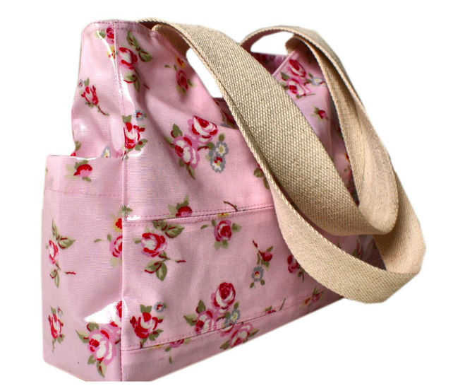 Download Handbag, Tote sewing pattern, pdf and video tutorial by   Frocks & Frolics - Sewing Patterns immediately at Makerist