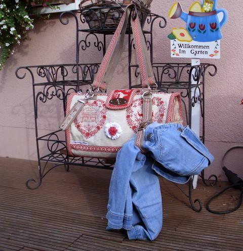 """Anleitung zum Nähen der Tasche """"Ischgl"""" bei Makerist sofort runterladen"""