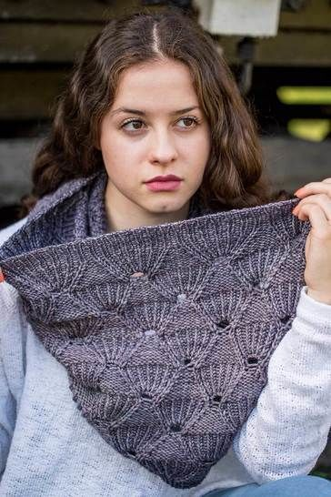 Download Cowl - Be Confident  - Knitting Patterns immediately at Makerist