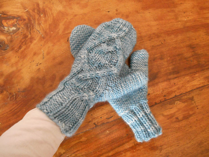 Download Amadare mittens - Knitting Patterns immediately at Makerist