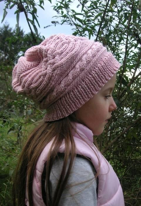 Mütze Longbeanie Zopfmuster rosa Mädchen Strickanleitung bei Makerist sofort runterladen