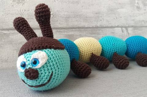 Download Crochet Pattern Caterpillar immediately at Makerist