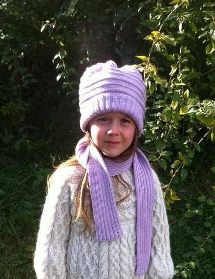 Download Elemiah Scarf and Hat for Girls - Knitting Patterns immediately at Makerist