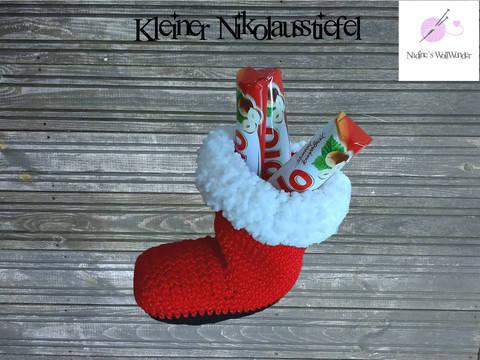 Häkelanleitung: Kleiner Nikolausstiefel bei Makerist sofort runterladen