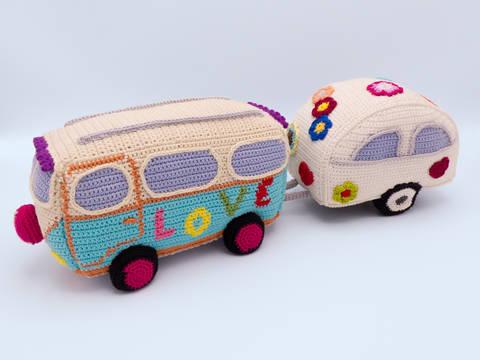 Häkelanleitung: Hippie Bus mit Wohnwagen bei Makerist sofort runterladen