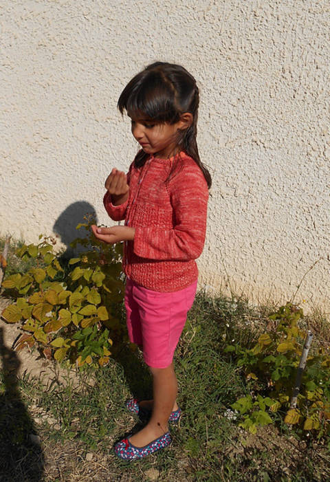 Download Kesra - baby and girl cardigan immediately at Makerist