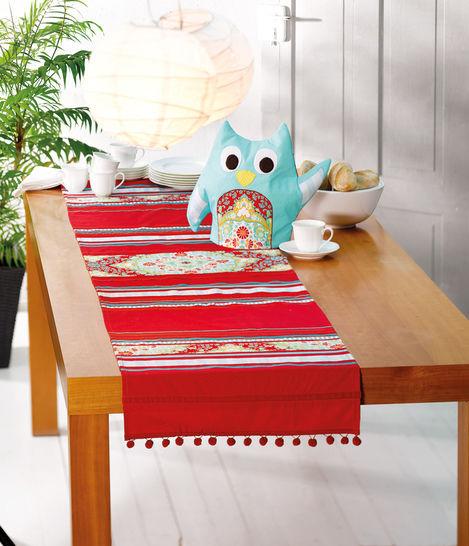 Tischläufer mit Bommelrand Nähanleitung - Nähanleitungen bei Makerist sofort runterladen