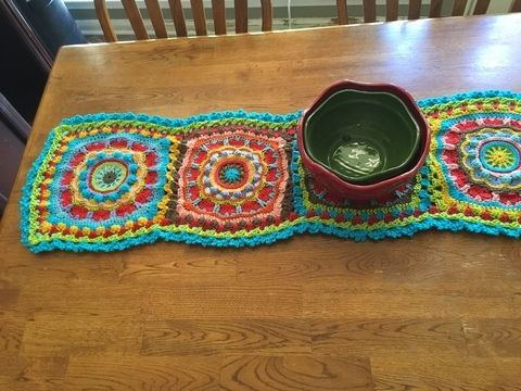 Download Mandala Table Runner - Crochet Patterns immediately at Makerist