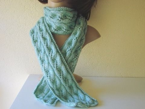 Download Scarf with leaves - knitting pattern - Knitting Patterns immediately at Makerist