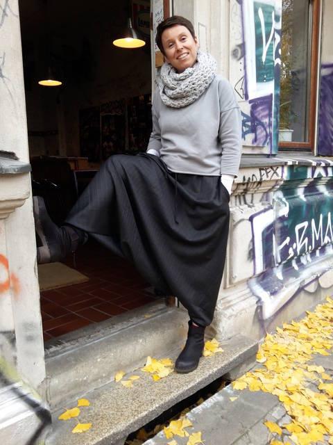 Download *Rockbuex* (harem pants pattern)  european sizes 36 - 46 immediately at Makerist